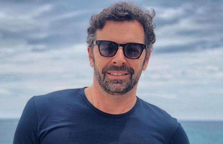 Alberto Matano al mare (Instagram)