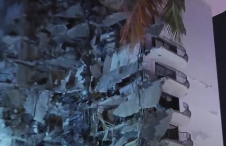 Collasso Palazzo (Youtube)