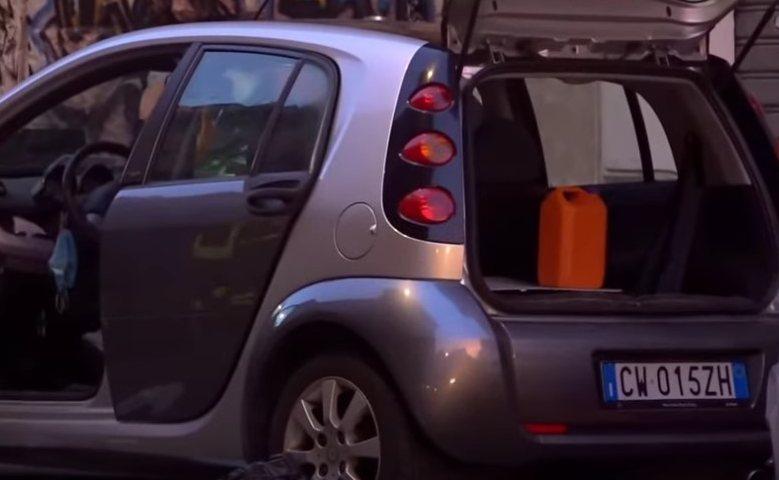Auto bomba a Roma (Youtube