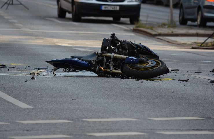 Incidente motociclisti (pixabay)