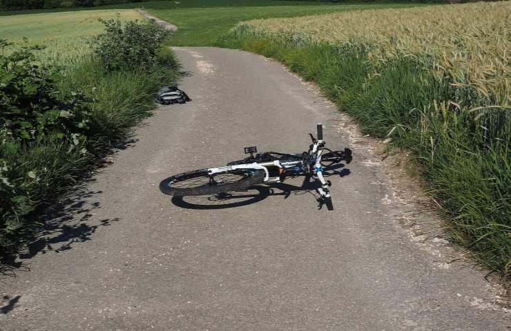 incidente bici sassari