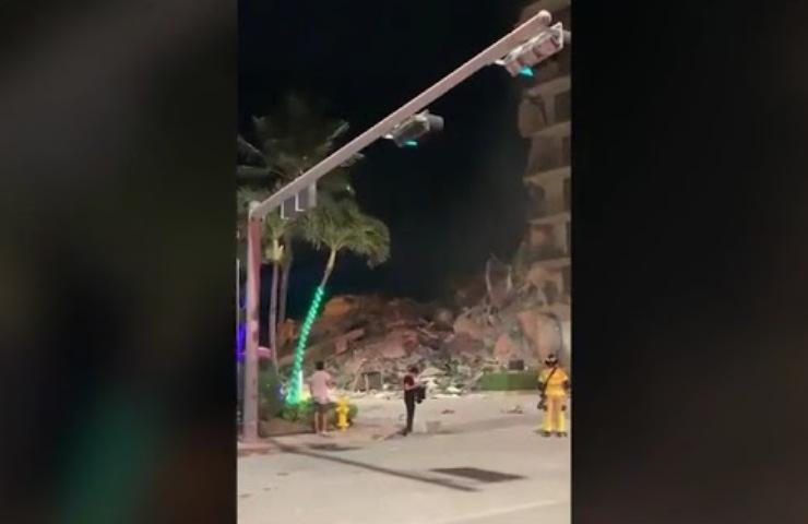 crollo palazzo