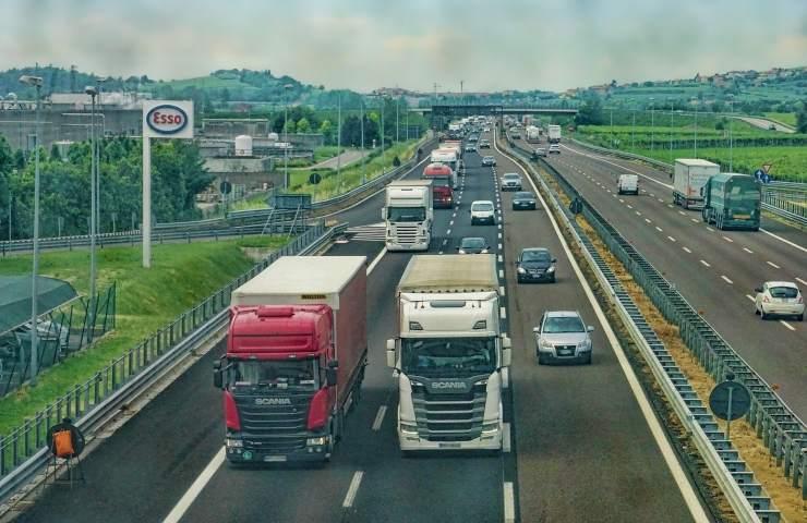 Tir contromano autostrada