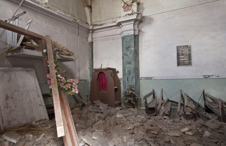 crollo del campanile chiesa